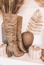 Nicole Boots
