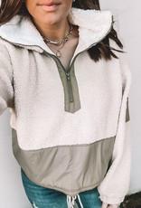 Cheyenne Pullover
