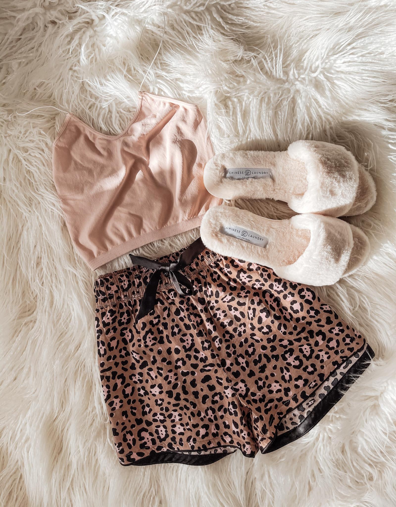 Z Supply Sweet Talker Leopard Short