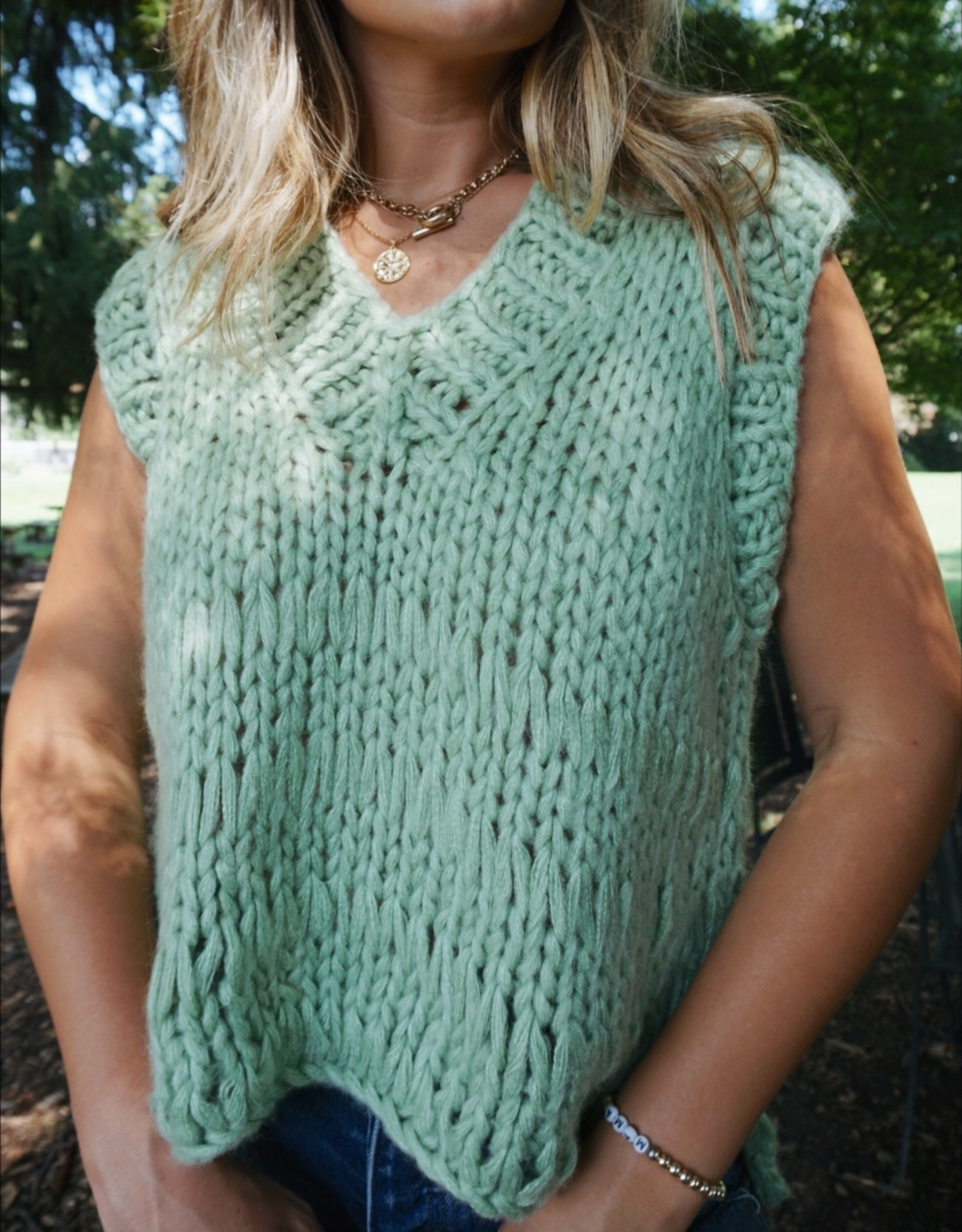 Delia Chunky Knit Sweater Vest