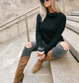 Ivery Turtleneck Knit Sweater