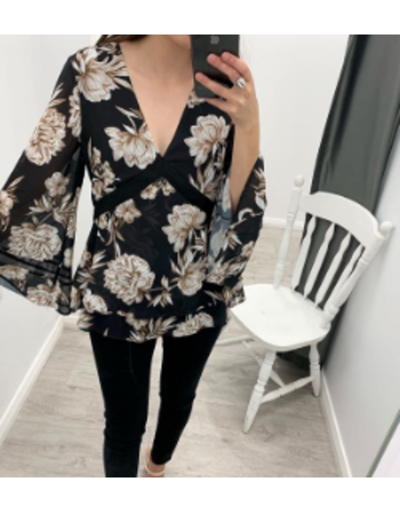 Wish Interbloom Wide Sleeve Blouse