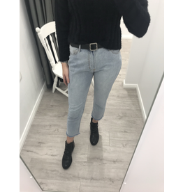 Wakee BF non-ripped jeans