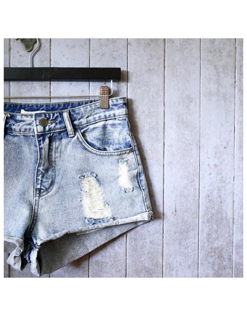 Little Lies Distressed denim shorts