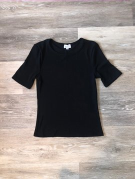 Short Sleeve Top- Black