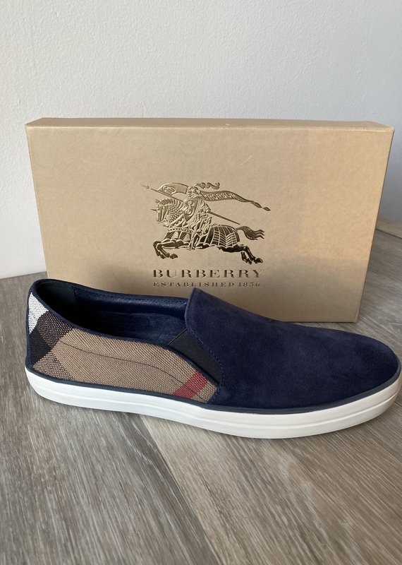 NIB Burberry London Gauden Suede Slipon Sneaker