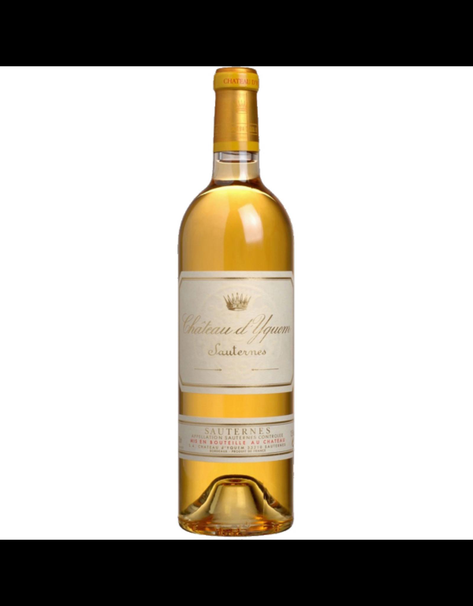 Desert Wine 2015, Chateau d'Yquem, Semillon- Sauvignon Blanc Blend, Sauternes, Bordeaux, France, 14% Alc, CT97.7 RP100 JS100