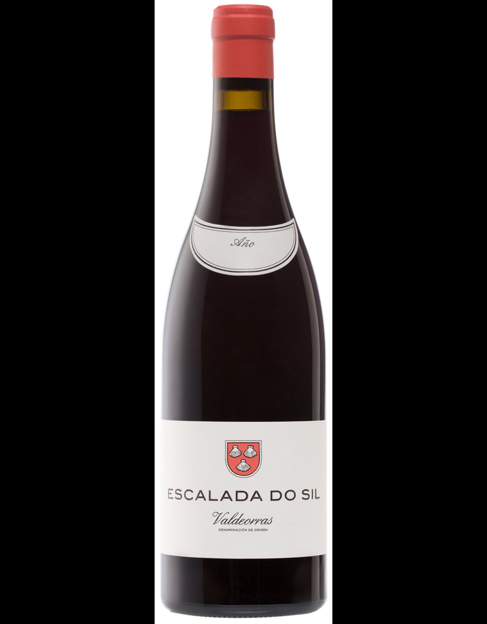 Red Wine 2016, Escalada Do Sil by Alberto Orte, Merenzao Mencia Garnacha Rare Red Blend, Valdeorras, Galicia, Spain, 13.5% Alc, CTnr, JS93