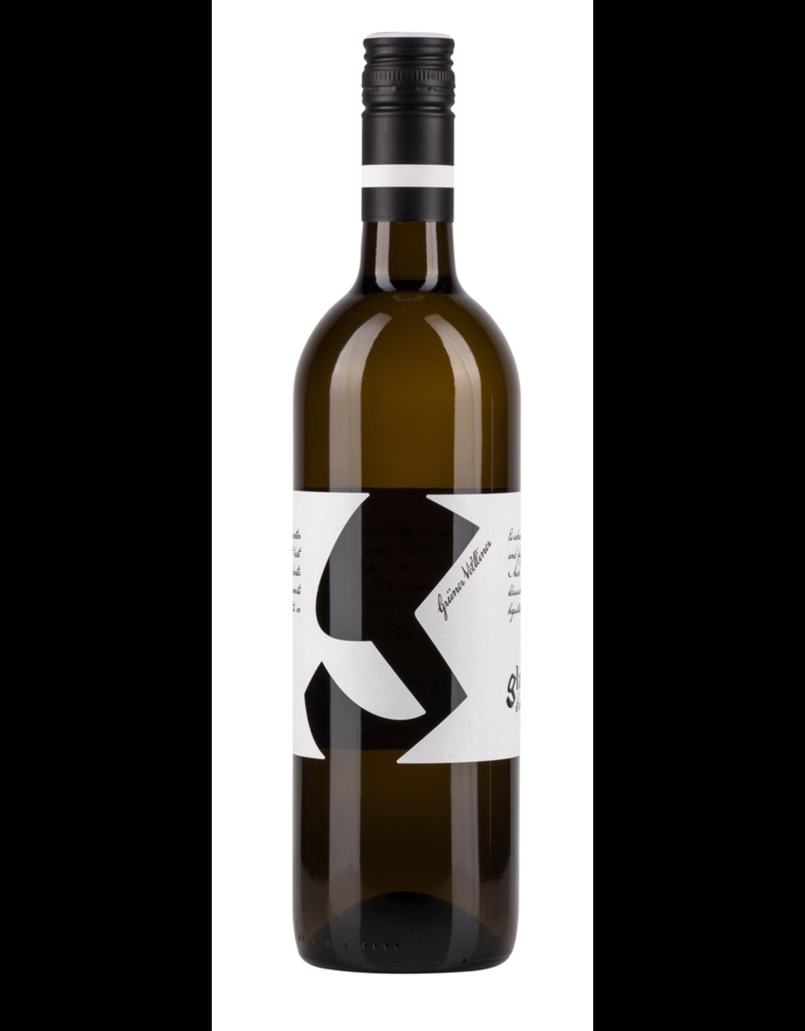 White Wine 2016, Weingut Glatzer, Gruner Veltliner, Carnuntum, Niederosterreich, Austria, 12% Alc, CTnr, TW90