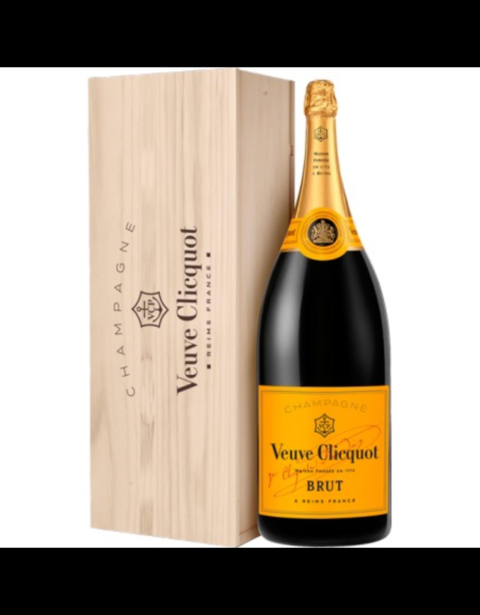 Sparkling Wine NV, 3L Jeroboam (Double Magnum) Veuve Clicquot Ponsardin Reserve Cuvee Brut Yellow Label w/ WOOD BOX, Champagne, Reims, Champagne, France, 14% Alc, TW90