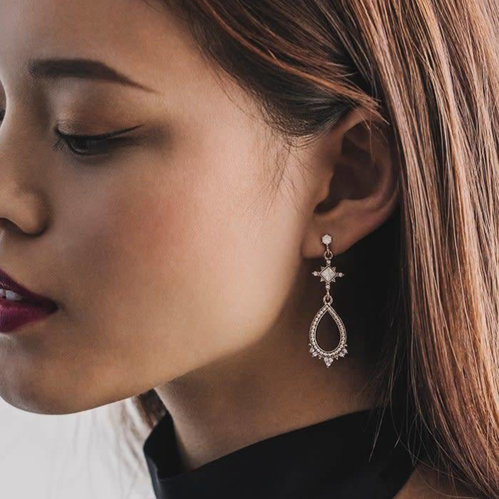 Cecille Drop Earring White