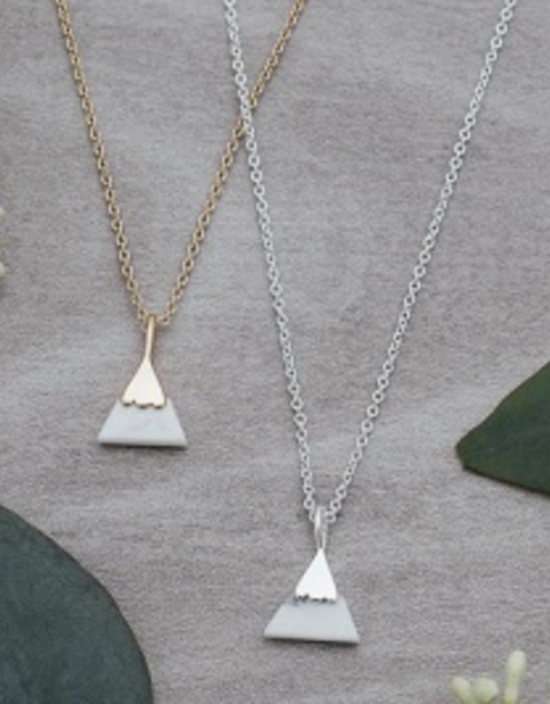 Peak necklace Silver/Howlite