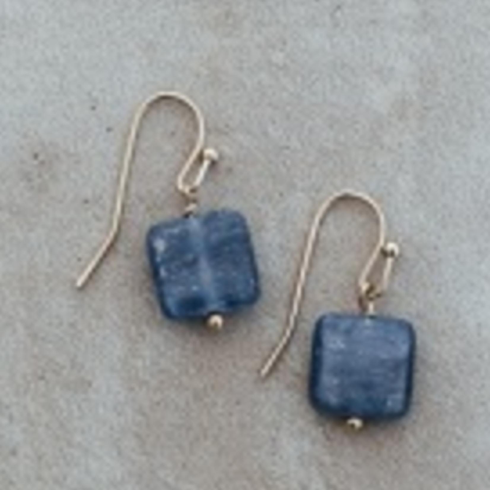 Quattro Earring Gold/ Kyanite