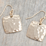 Hammered Earring Square-Gold