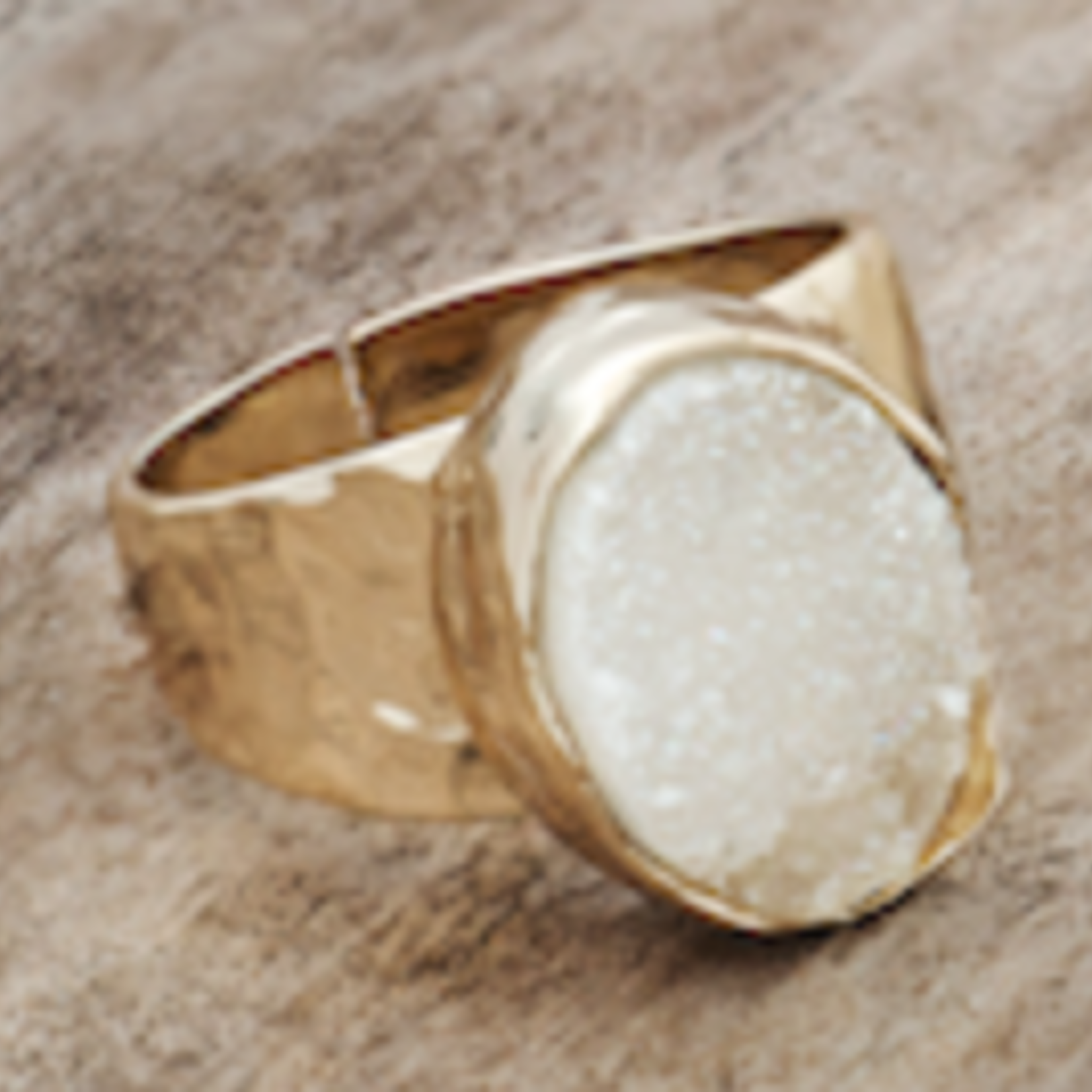 Goddess Ring Gold/White