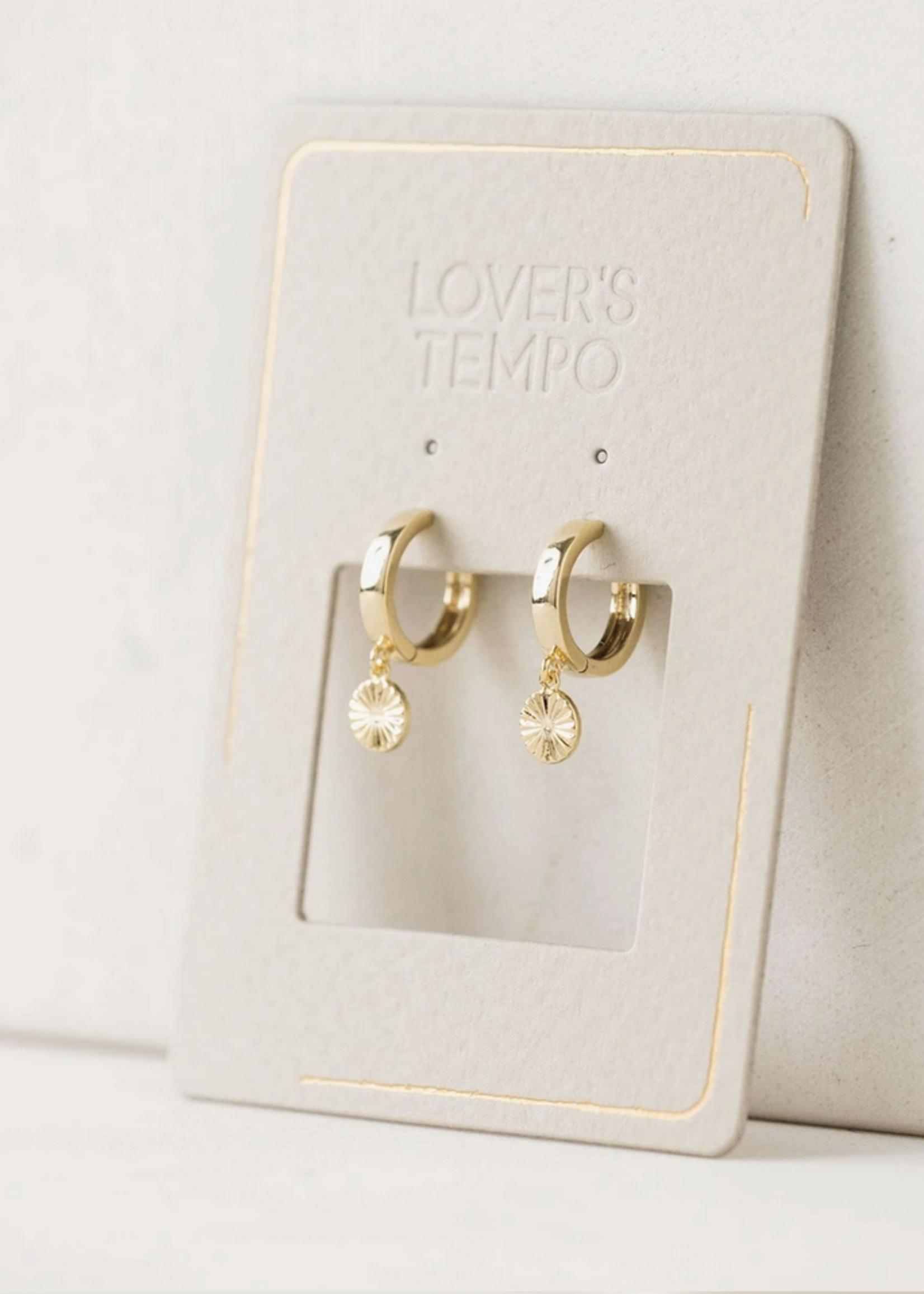 Everly Circle Huggie Hoop Earrings Gold