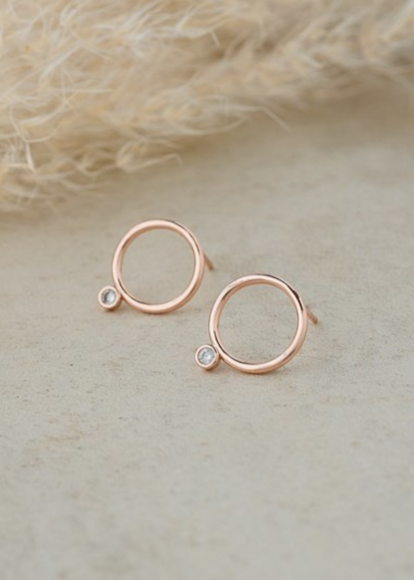 Glee Jewelry Teagen stud rose gold