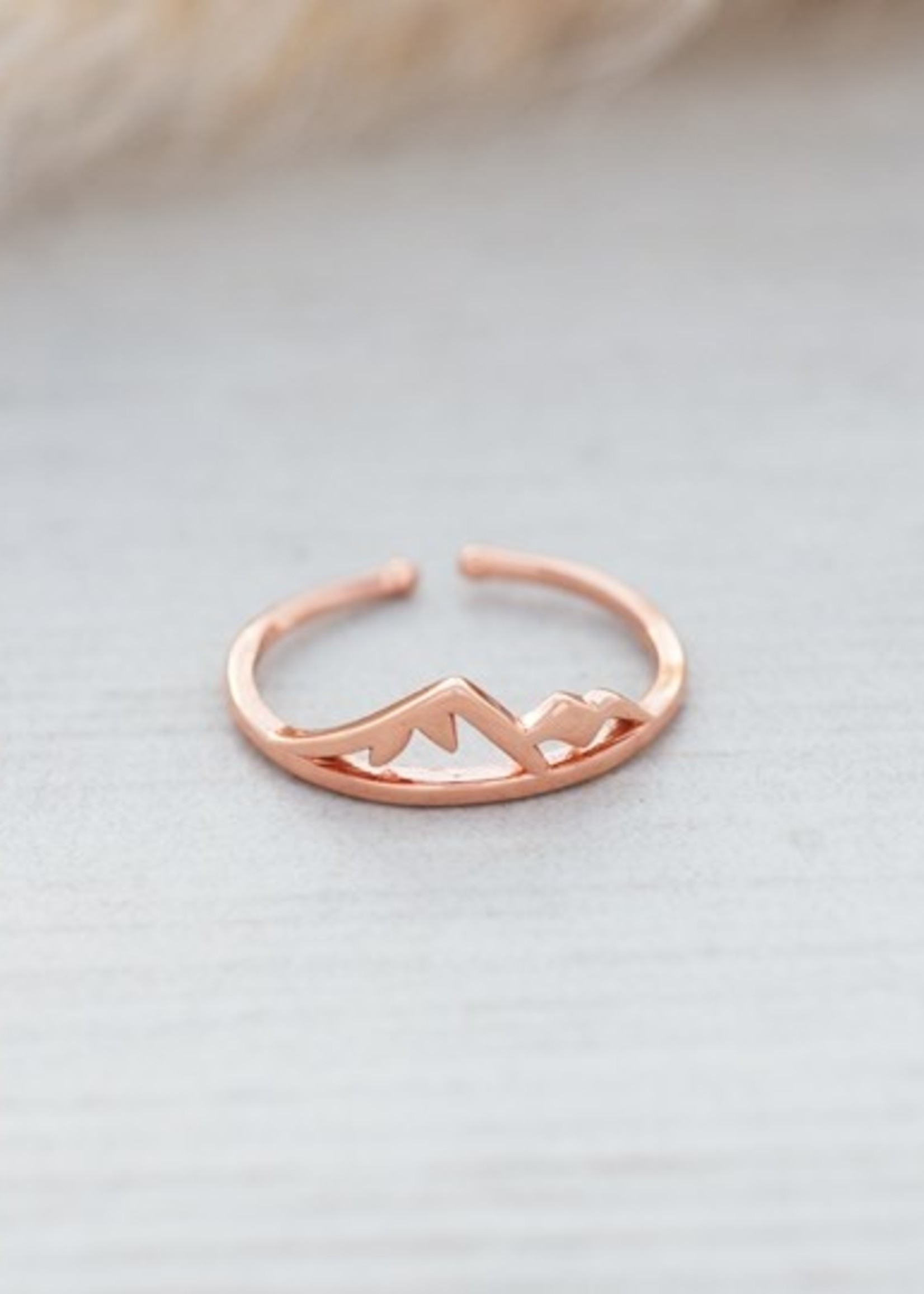 Glee Jewelry Sea to sky ring rose gold