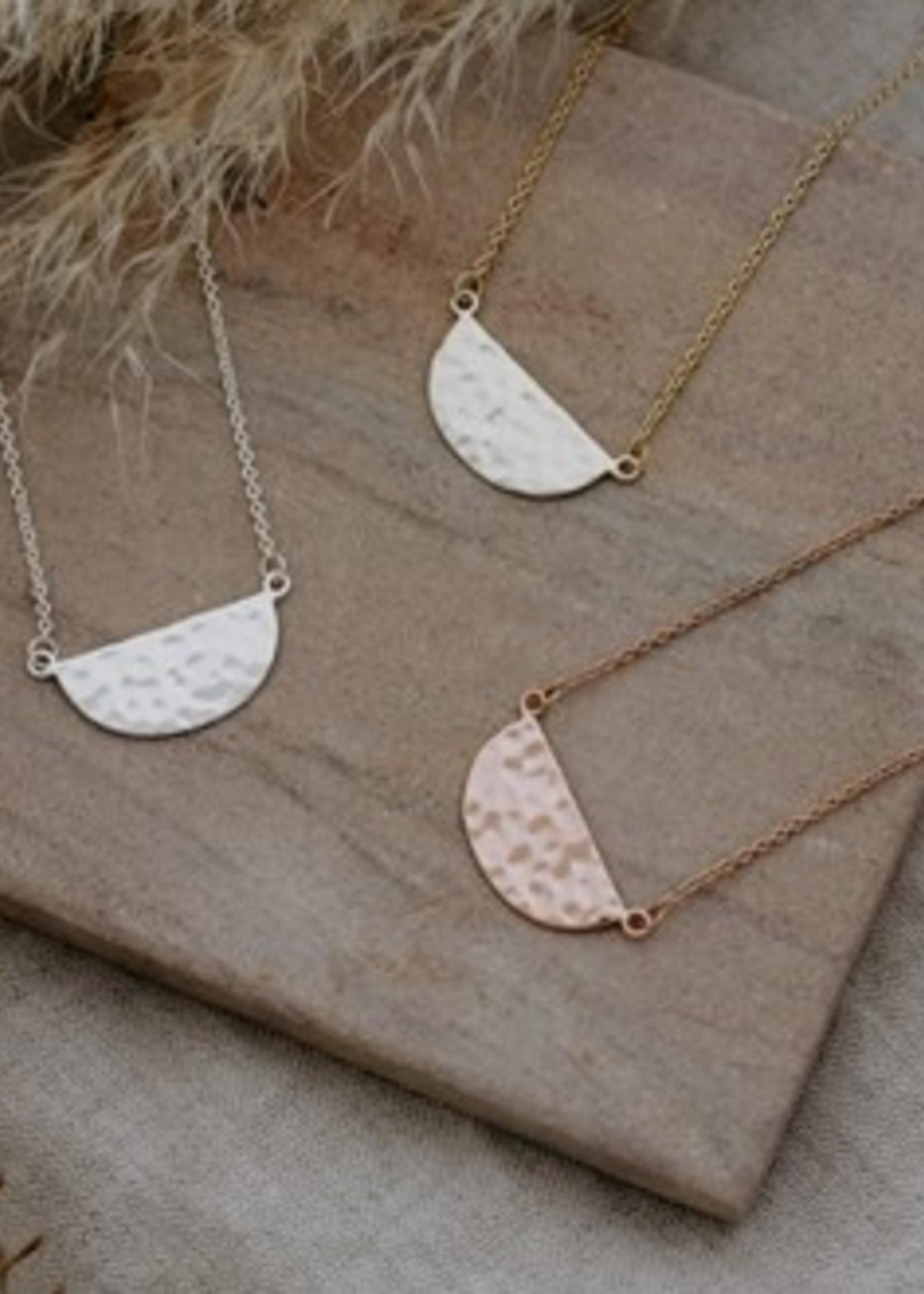 Glee Jewelry Deidra Necklace Gold