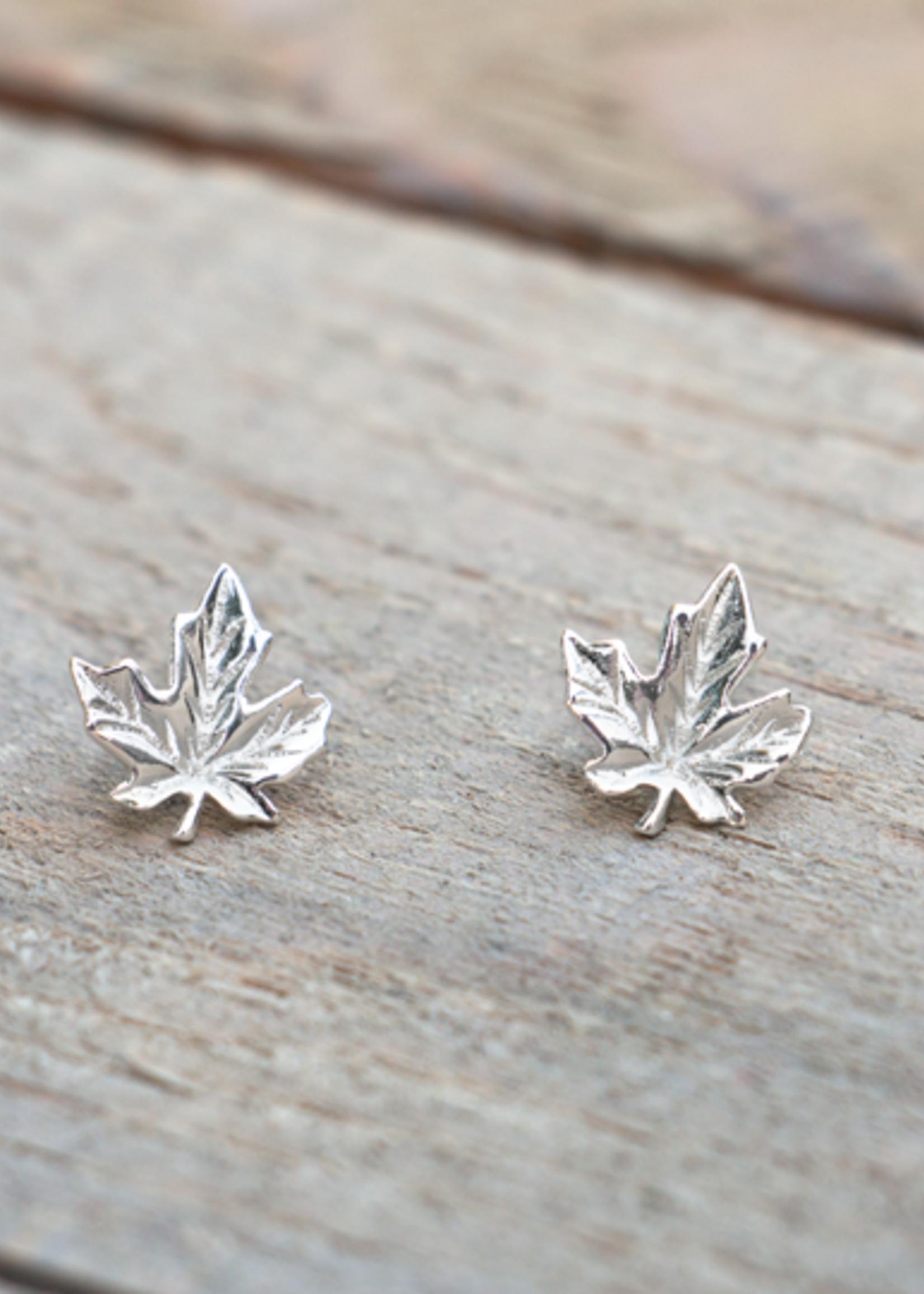 Glee Jewelry Silver Maple leaf stud earring