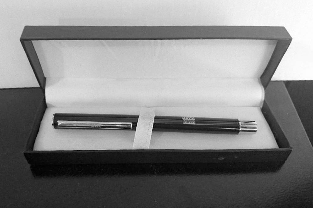HIGH-END PEN - BLACK