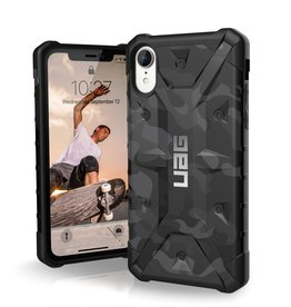 UAG UAG | iPhone XR Pathfinder Rugged Case Midnight Camo (Black) | 15-03384