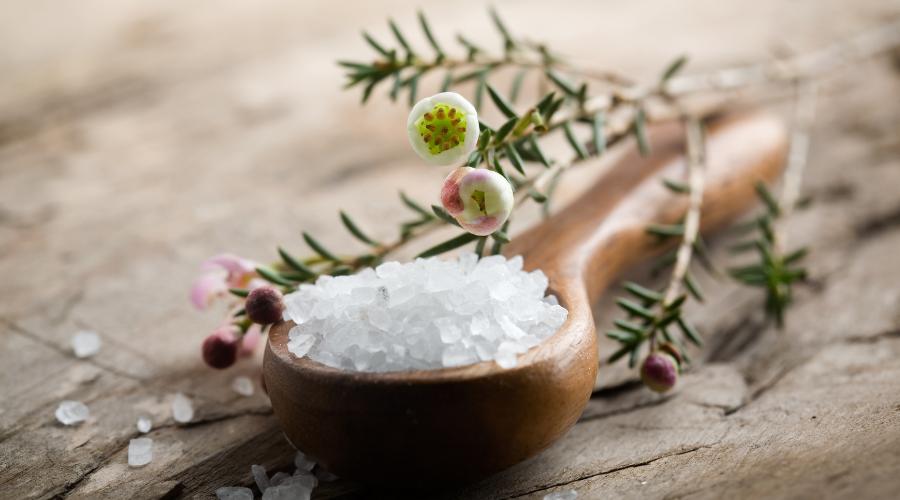 5 recettes de sels de bain aux huiles essentielles ! Découvrez la balnéothérapie !