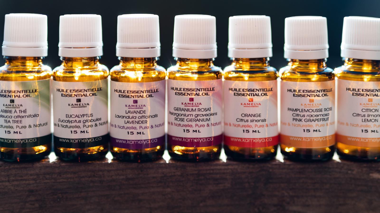 Quelles huiles essentielles utilisons-nous pour sublimer votre peau ?