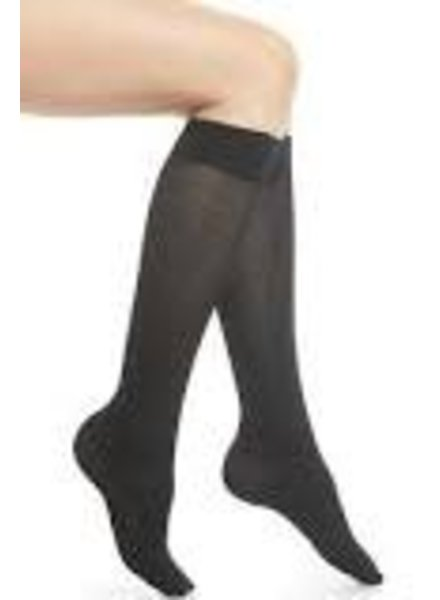WOLFORD WOLFORD TESS KNEE-HIGHS SMALL BLACK