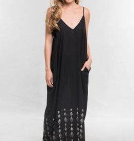 LOVESTITCH Border Print V Neck Maxi