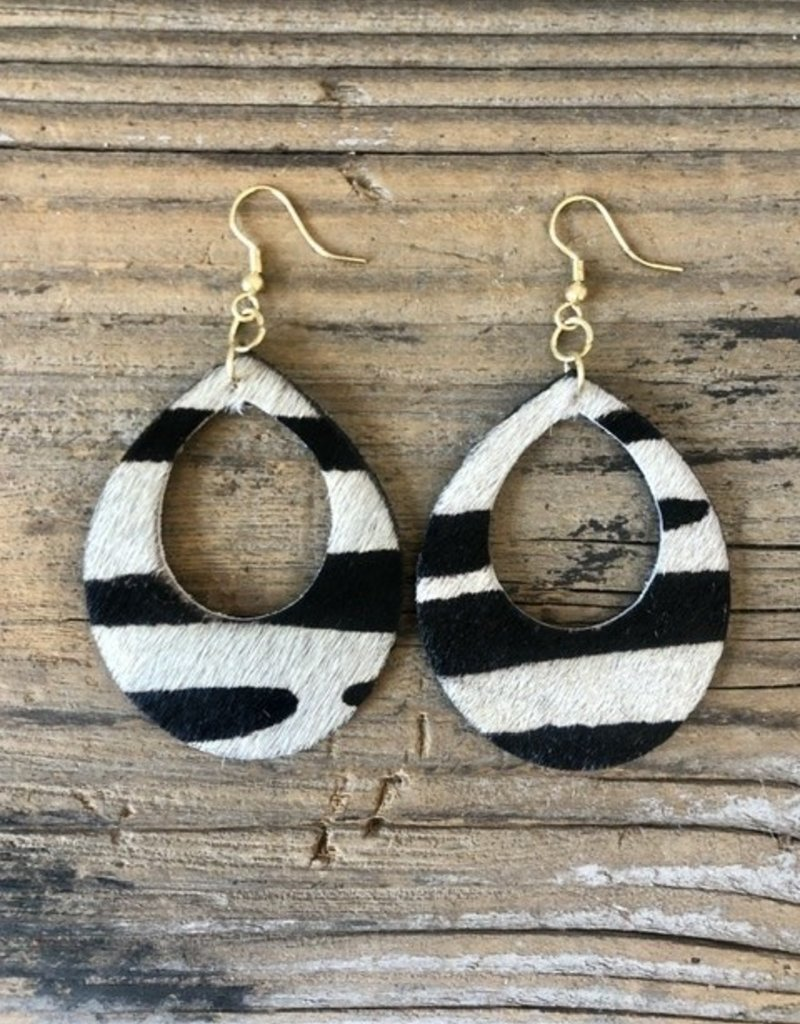 HOLIDAY TRADING WILD SIDE EARRINGS