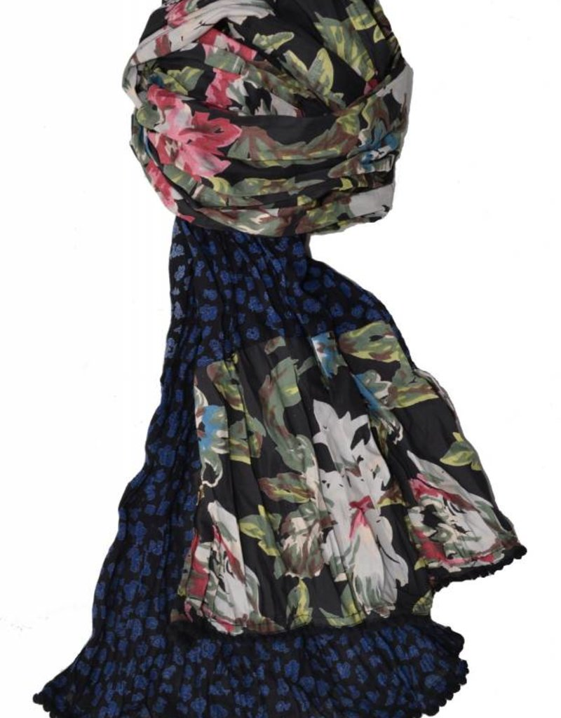 LITTLE JOURNEYS Invome Maggie Scarf