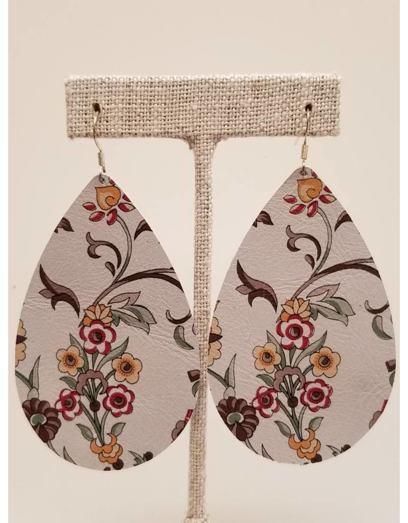 Daring Earring Cream Floral