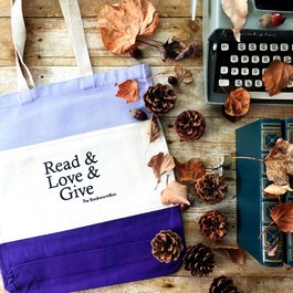 Read & Love & Give Tote Bag
