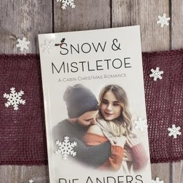 Snow & Mistletoe by Rie Anders