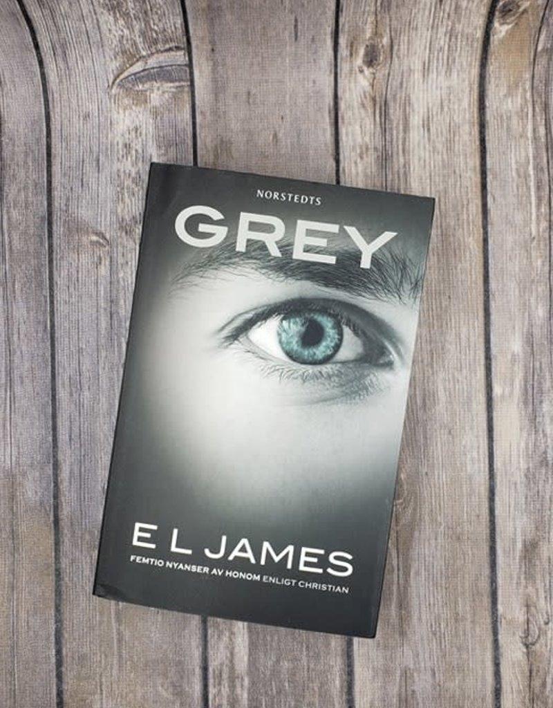 Grey, #4 by EL James (Hungarian Version)