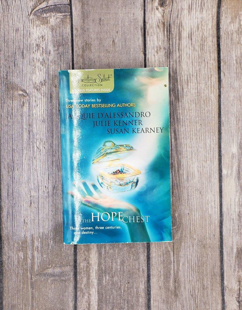 The Hope Chest: Anthology by Multiple Authors (Mass Market)