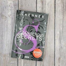 Dangerous Secrets, #3 (Mass Market) by J Kenner (German Version)