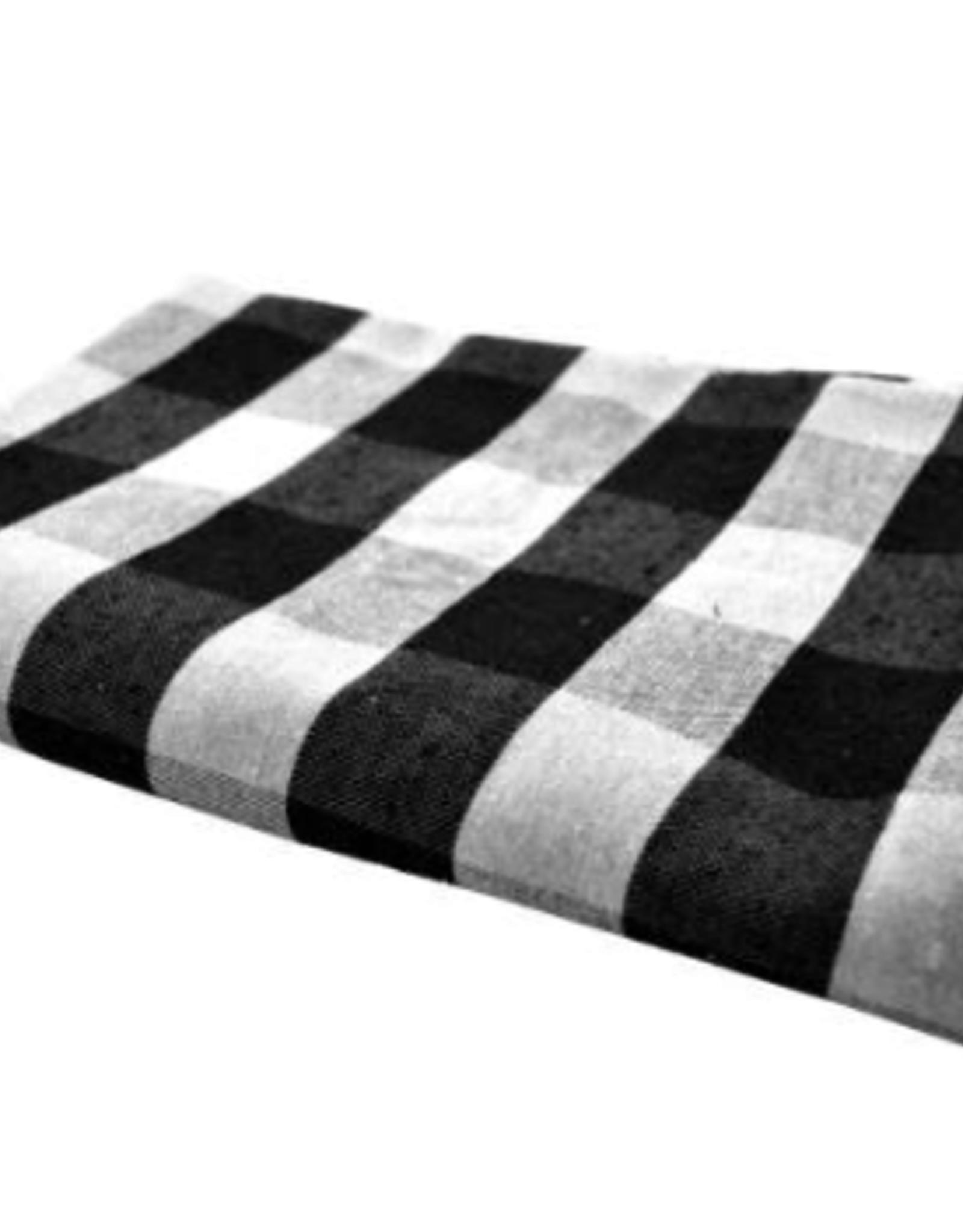 """Nappe Chalet chic noire et blanche 60"""" x 90"""""""
