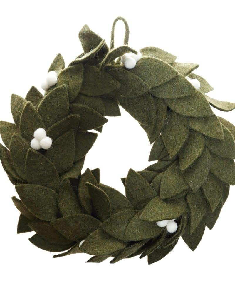 Global Goods Partners Mistletoe Felt Wreath