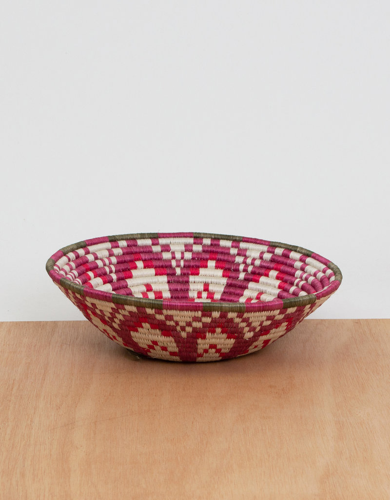 Kazi Medium Poinsettia Basket
