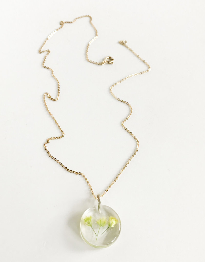 Belart Moon Gypsophila Necklace