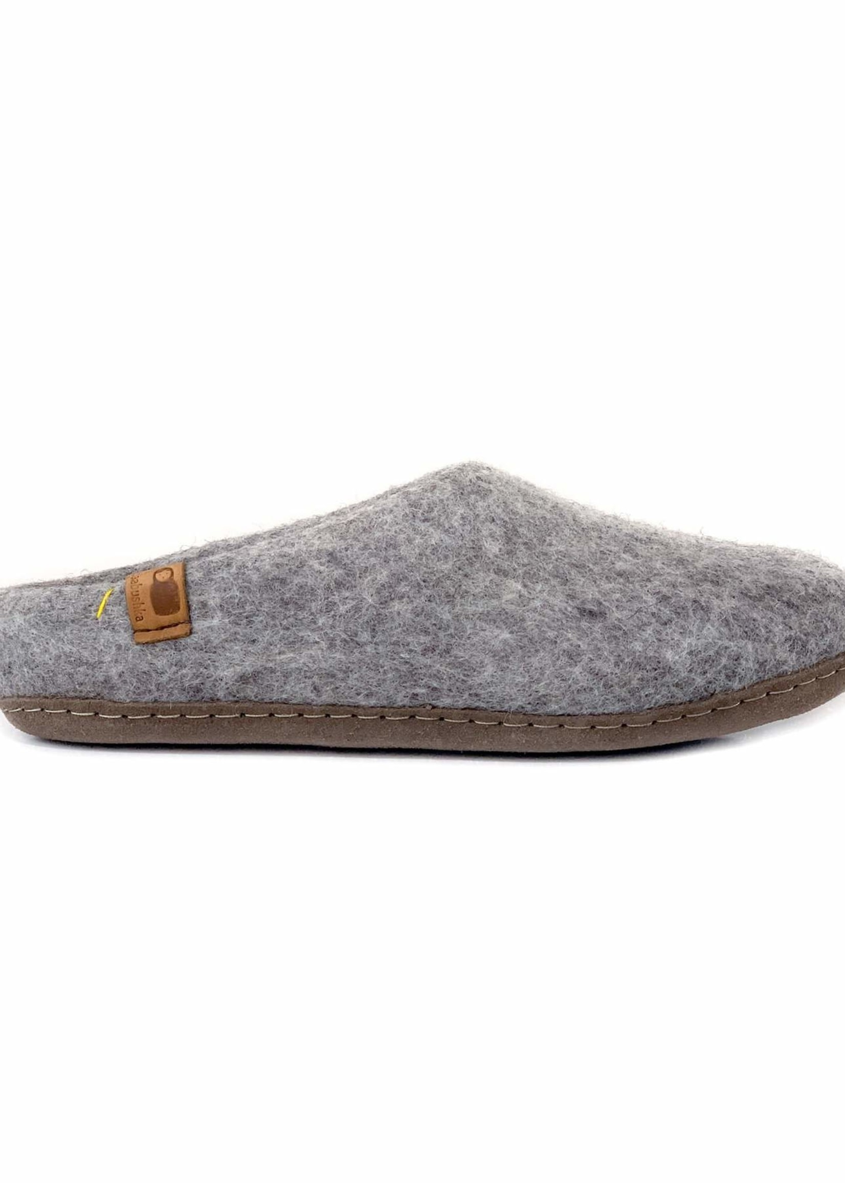 Baabushka Light Grey Wool Slippers