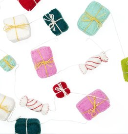 Global Goods Partners Felt Gift Package Garland