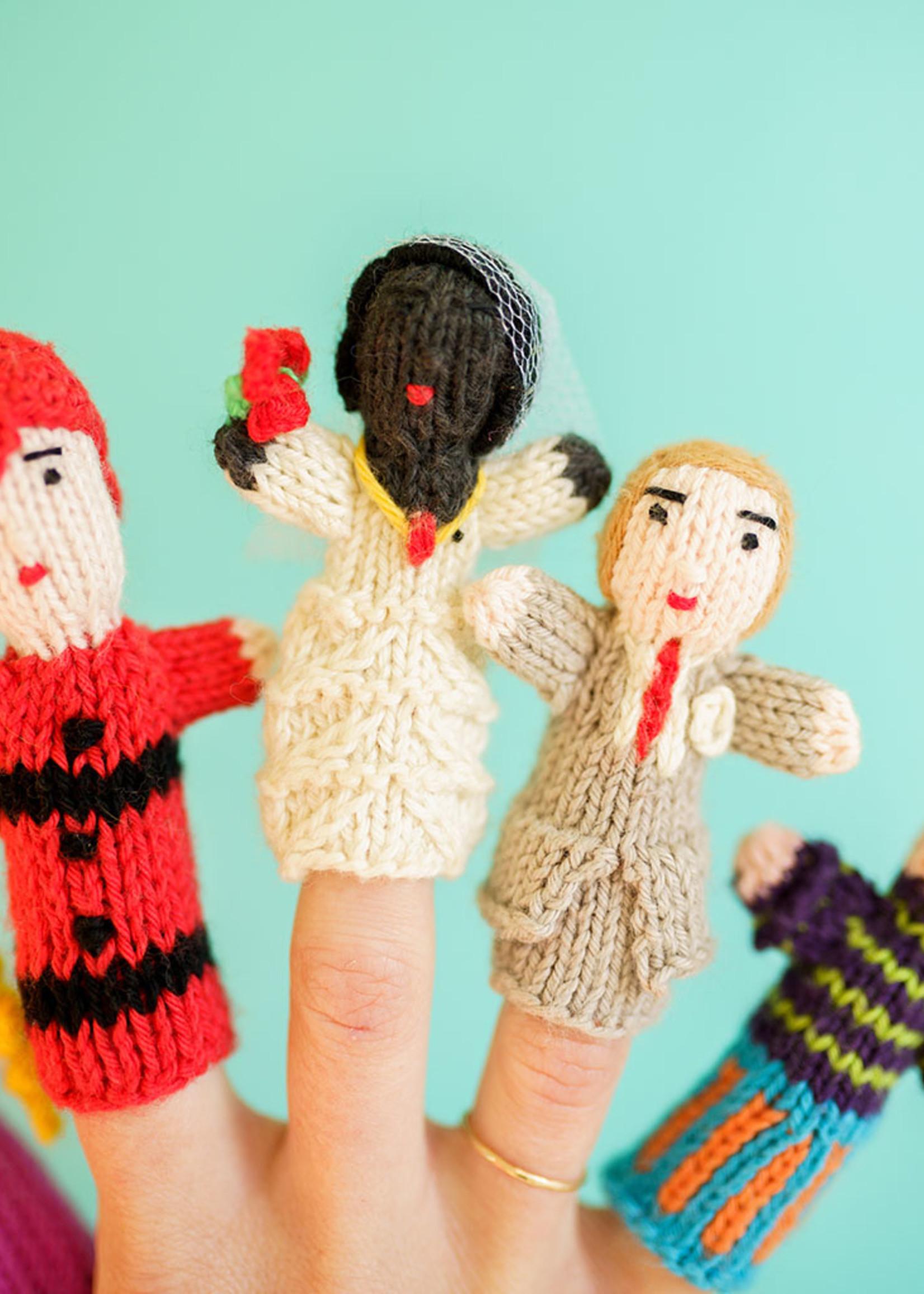 Lucuma Designs Assorted People Finger Puppet Set