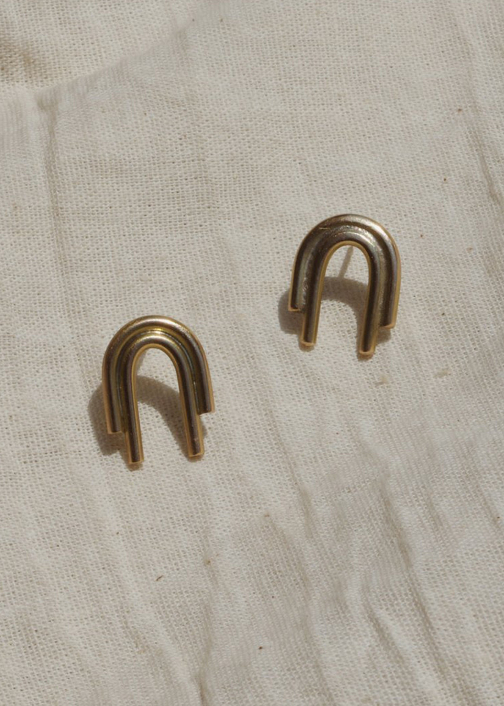 YEWO Odi Earrings