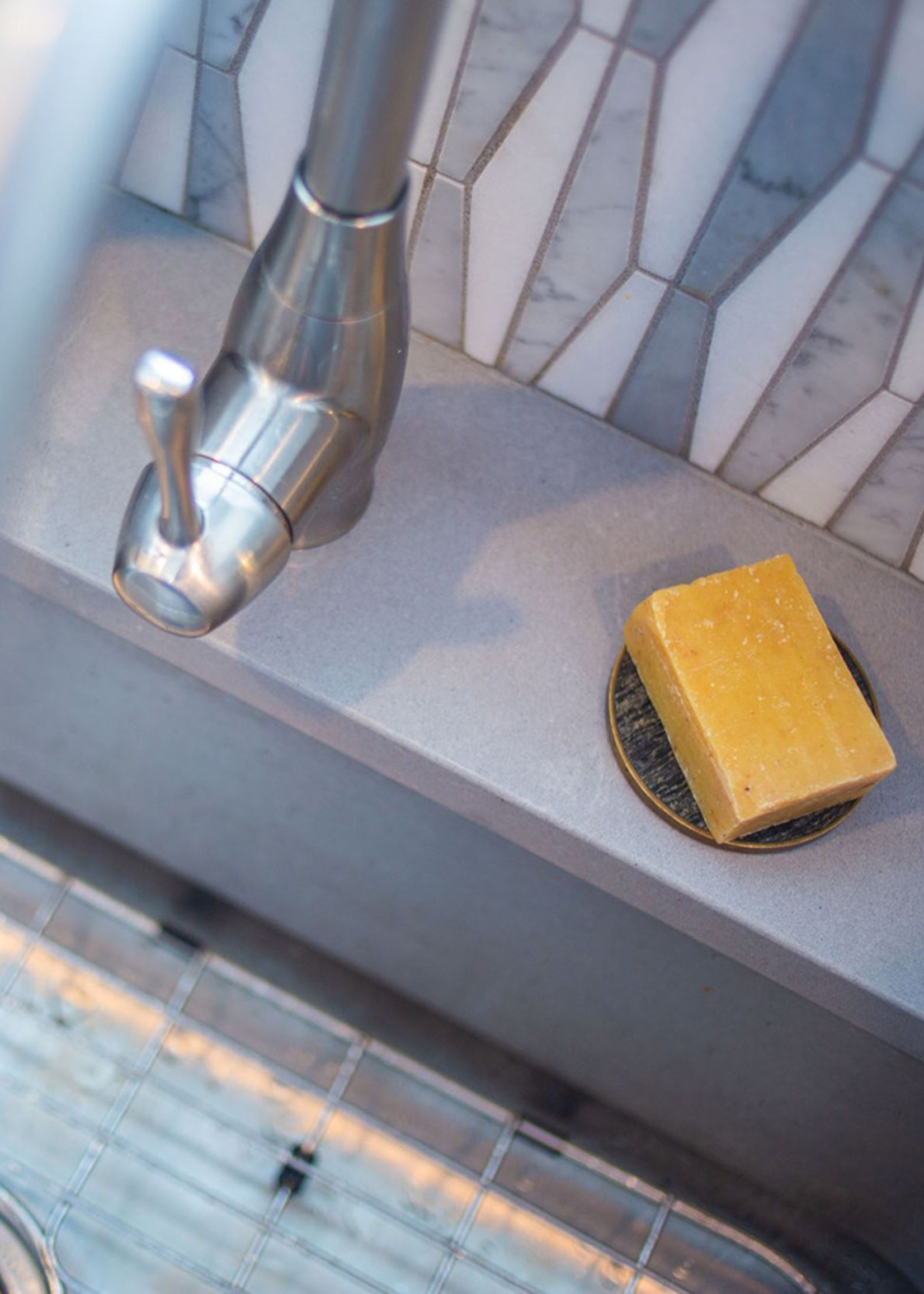 Sweet Basil Beeswax Soap