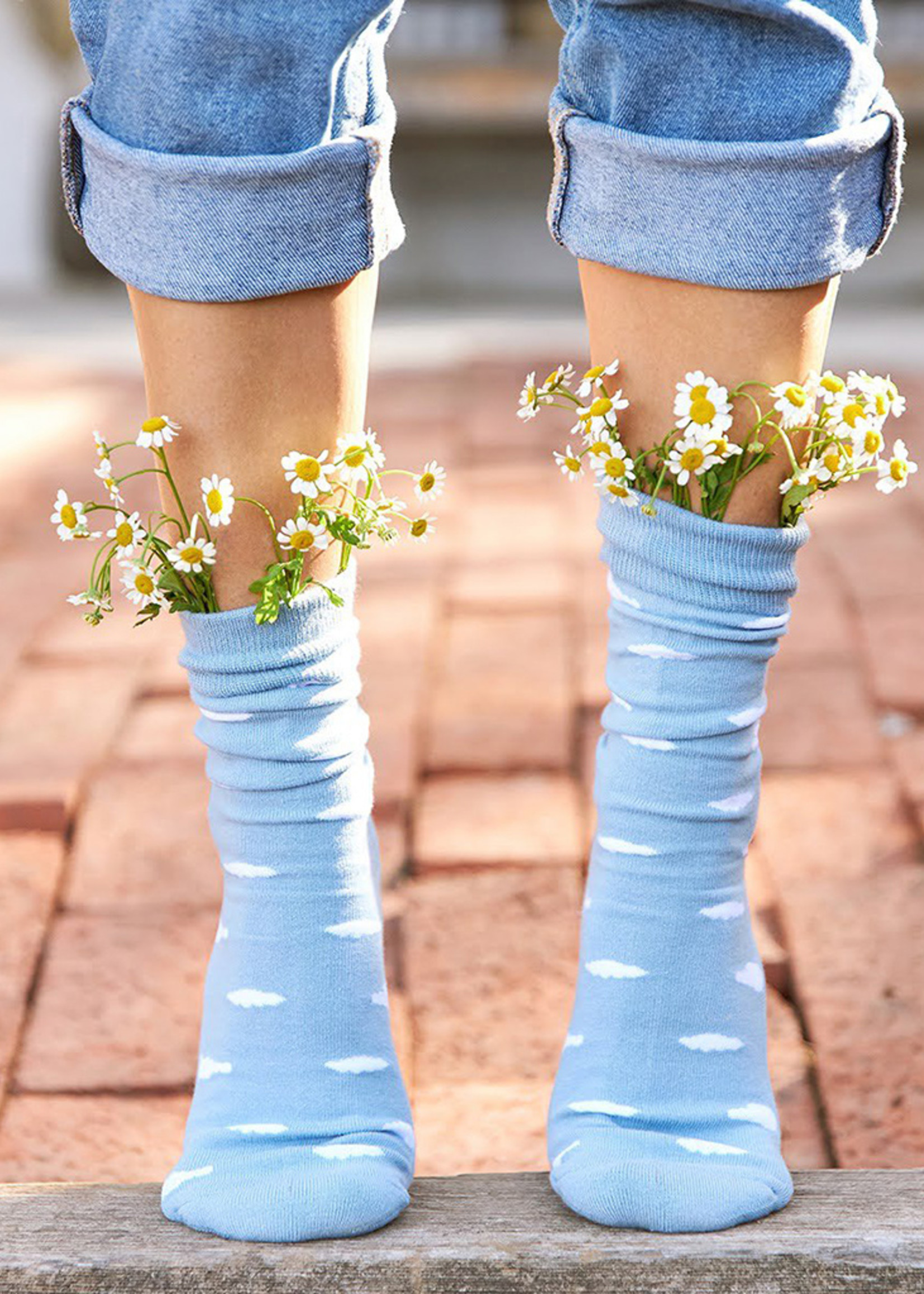Conscious Step Women's Cloud Socks that Supports Mental Health