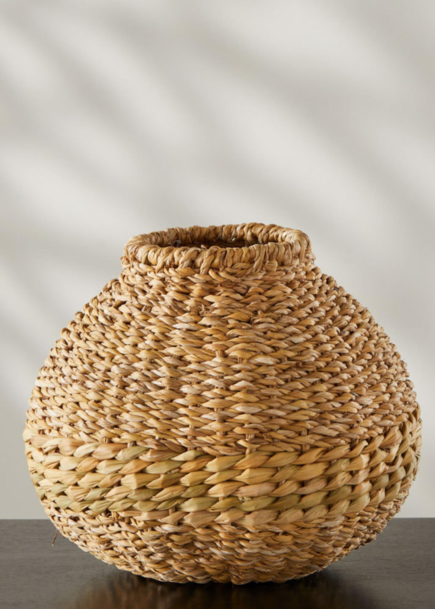 Round Holga Vase