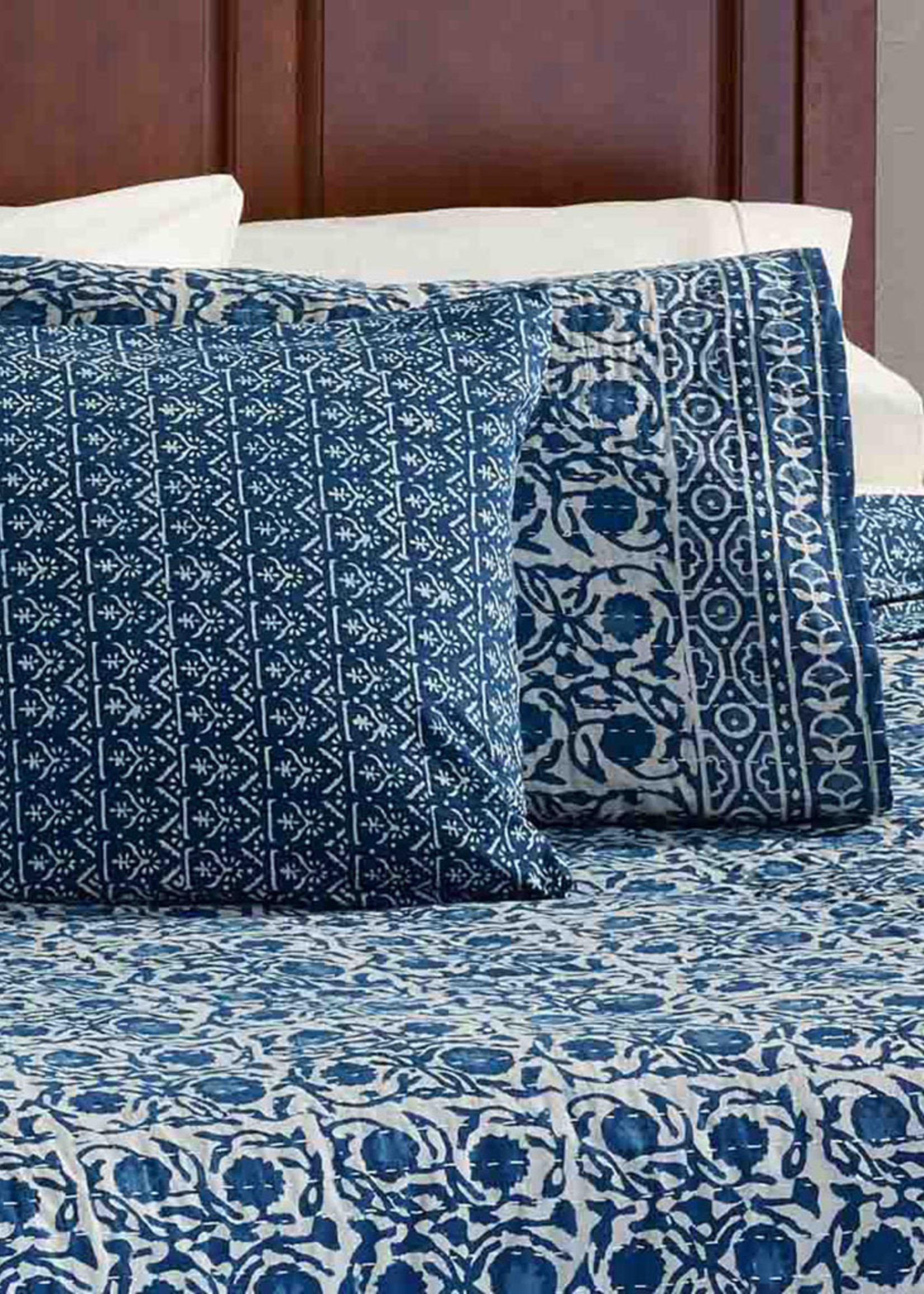Floral Dabu Pillow Shams [Set of 2]
